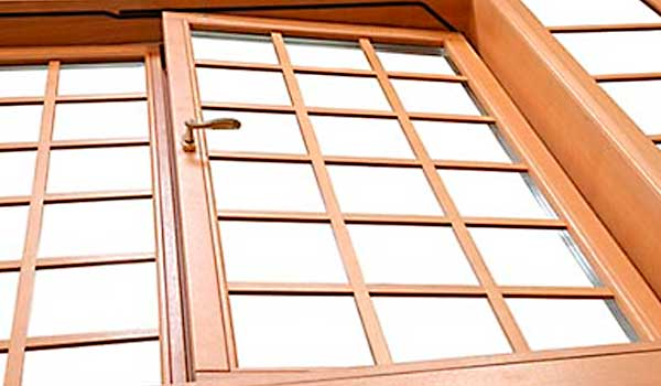 double hung windows with wood frames